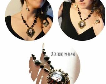 Necklace lady goth pendant antique brass/ Collier pendentif bronze antique