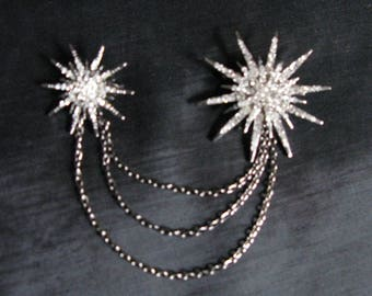 Sweater Clips with Chains Bling Brooch Pins Guard Brooches Collar Cardigan Holders