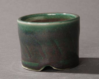 Mini Bonsai pot. Green