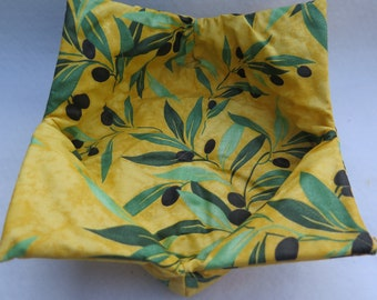 Bread basket, diner rolls,croissants holder. oilcloth wipeable reversible foldable.French fabric from Provence.Olives in yellow