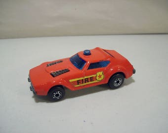 Vintage Matchbox Superfast Fire Chief Die-cast Car 1976, Lesney England, No 64