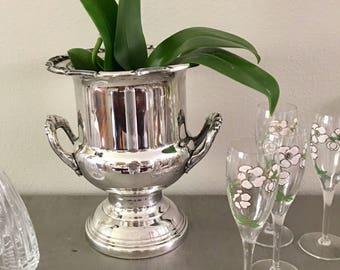 Vintage Silverplate Champagne Bucket, Leonard, Classic Urn Shape, Fabulous Silver Luster, Ornate Rim /Handles, Classic Champagne Urn