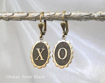 X and O  Earrings Simple Vintage Design Brass Oval Dangles