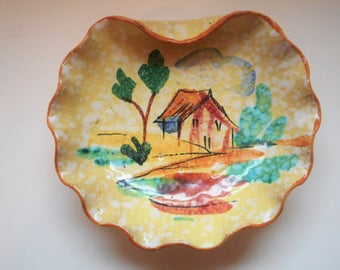 Very Unique Vintage Hand Made And Hand Painted Dish. Made In Italy.