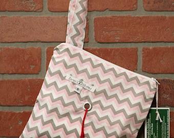 Knitting Bag, Crochet, Knit, Yarn, Wool, Pink and Gray Chevron, Yarn Storage, Yarn Bag with Hole, Grommet, Handle, SYB111