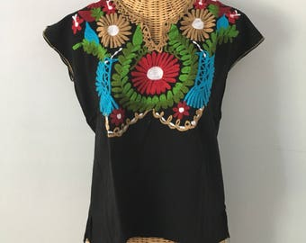 Vintage Black Cotton Birds Floral Embroidered Mexican Bohemian Festival Blouse Tunic Top M