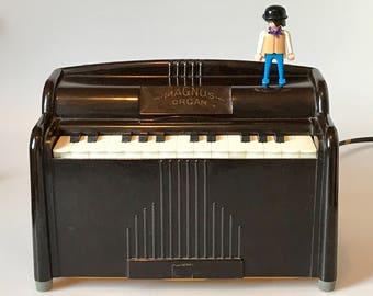 Antique Bakelite Magnus Portable Electric Organ 1950