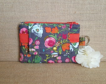 Small Wallet / ID Wallet / Keychain ID Wallet / ID Holder in Floral Print