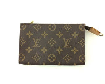 Authentic Pre Owned Louis Vuitton Pouch Bag with Ring