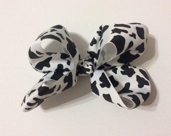 Large cow bow