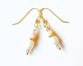 Aphrodite Pearl and Smokey Quartz Gold Earrings //Gemstone earrings //gifts for her //Wedding earrings /Drop earrings /Gold earrings /Bridal