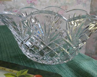 Cut glass oval decorative bowl or vase