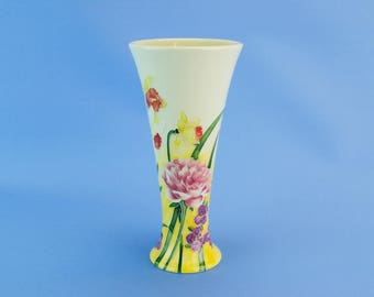 Yellow Daffodils Trumpet Flower Vase Old Tupton Ware