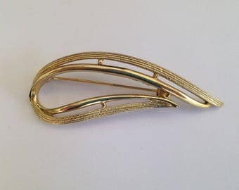 Vintage Sarah Coventry GB Goldtone Stylised Brooch.
