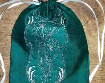 Lilly Tarot bag