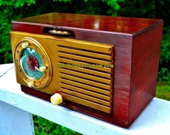 BLUETOOTH MP3 Ready - Burled Top Art Deco 1952 General Electric Model 521F AM Brown Bakelite Tube Clock Radio Totally Restored!