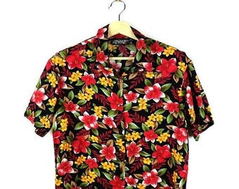 ON SALE Vintage Black x Red/Yellow Floral Short Sleeve Slouchy Blouse from 90's*