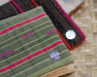 Jewelry pouch/wallet/clutch bag in Thai hill tribe green cotton fabric and hemp beige lining (JP0006)