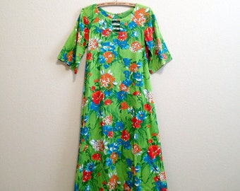 Hawaiian Dress Small Green- 1960s Maxi Dress - Barkcloth Caftan