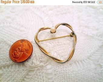 50% Off Estate Sale Vintage Heart Brooch, Designer Signed Corocraft Pin, gold tone and glass pearl, marked 12K GF, Gold filled vintage jewel