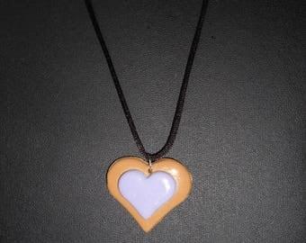 Gourmet cold porcelain sand and purple heart pendant