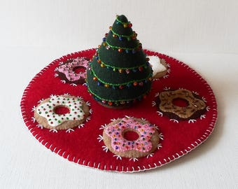 Handmade Round Felted Wool Holiday Appliqued Beaded Donuts Candle Mat Table Topper