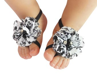 Wedding Baby Sandals, First Baby Shoes, Flowers Sandals, baby Crib shoes, Newborn Gift, Gifts for Girls, Wedding Gifts, Little Girls Shoes