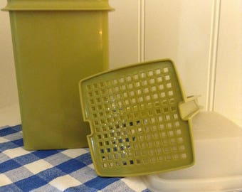 Tupperware Pickle Keeper Container - Avocado Green