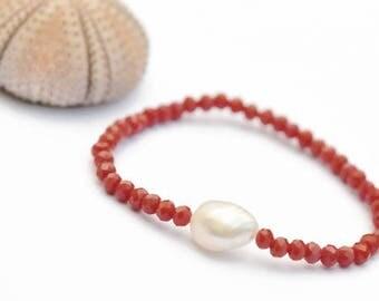 Red Bracelet, freshwater pearl, girlfriend gift, stretch bracelet, girl bracelet,  timeless gift women Bracelet, women beaded bracelet