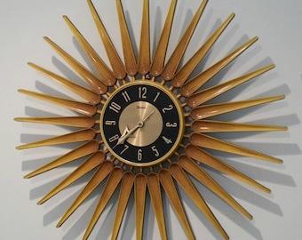 Mid-century modern Vintage Syroco Starburst Wall Clock