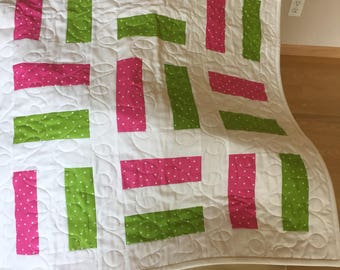 Beautiful off the rails design All hand pieced and Machine quilted by me. An heirloom quality quilt