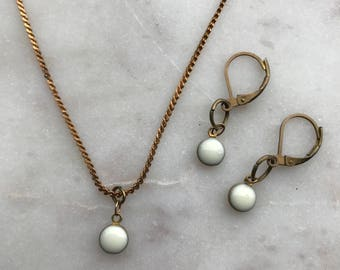 Cream Single Droplet Necklace and Earrings Set