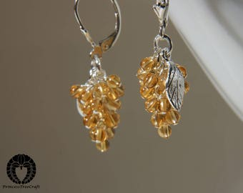 Tiny grapes earrings with citrine