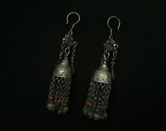 Vintage Uzbekystan ethnic a pair of beautifull silver earrings