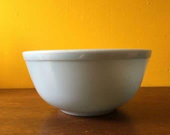 Vintage Pyrex Bluebell Deliphite Bowls 403