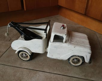 Vintage 1960's Tonka Tow Truck, as found