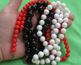 Lot Of Retro Red White Black Beaded Necklaces