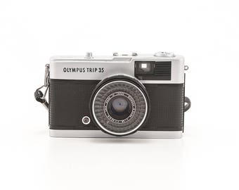 Olympus Trip 35 Automatic camera - 40mm 2.8 lens - great condition - 35mm film rangefinder camera