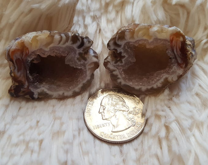 Occo Geode Pair ~ 1 Reiki infused cut and polished geode pair (OGP22)
