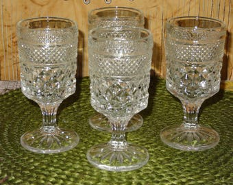 Set of 4 Anchor Hocking Wexford Wine Glasses / Wexford Goblets / Anchor Hocking Goblets / Wexford Barware / Wexford Water Goblets