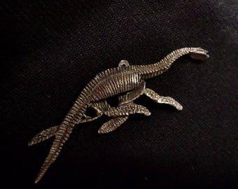 plesiosaur skeleton,Pendant .  }