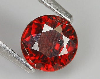 1.23 Ct Natural Africa Purplish Red RHODOLITE GARNET