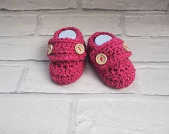 baby girl booties/crochet booties/baby shower gift/crochet baby loafers/loafer shoes/ new baby booties/christening shoes/loafer booties.