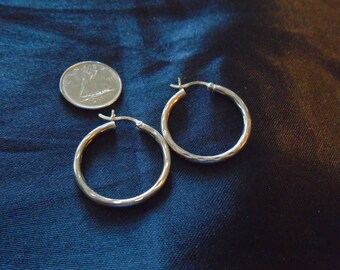 Hoops Faceted Rounded 2g Sterling Silver Earrings