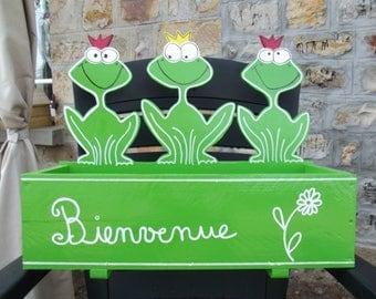 Jardinière décorative en bois  motif grenouilles