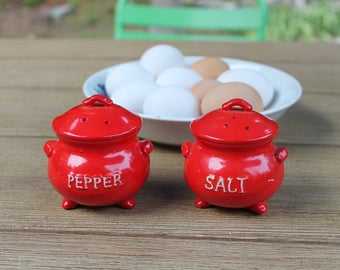 Vintage Red Bean Pot Ceramic Salt and Pepper Shakers Fine Quality Lego Made in Japan
