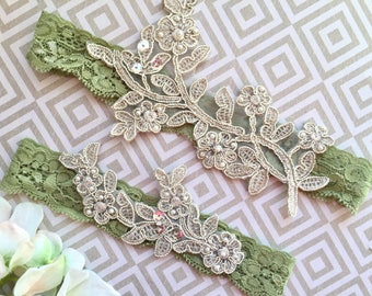 Sage wedding garter, sage garter set, wedding garter sage, bridal garter sage, emrald wedding garter, green wedding garter, green garters