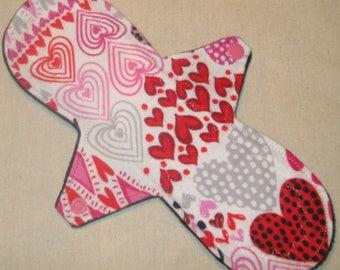 Valentine Hearts 10 in. Moderate Cloth Pad