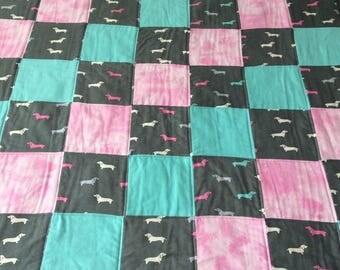 Dachshund quilt, dog quilt, dog blanket, baby quilt, childs quilt, flannel quilt
