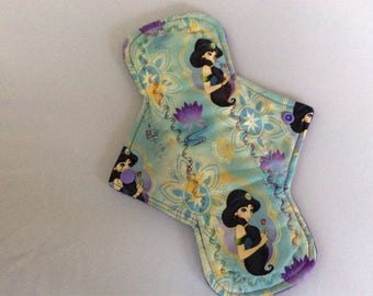 "10.25"" Jasmine  on cotton    Top reusable cloth pad ( regular )"